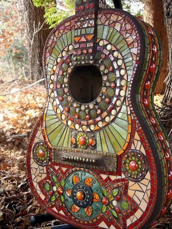 bsateln originell mosaik gartenideen deko gitarre