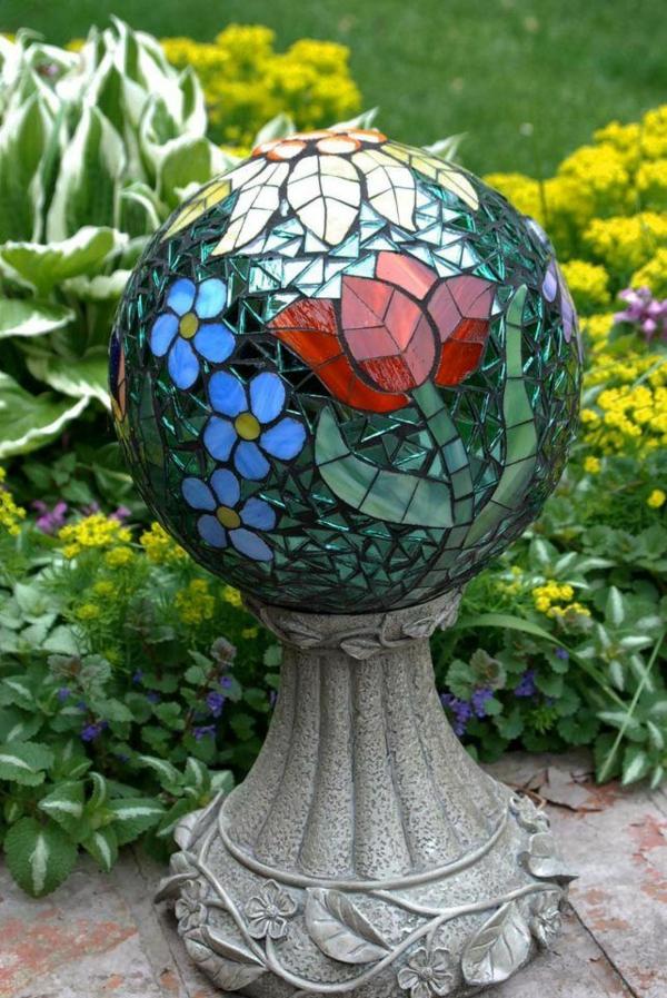 Mosaik basteln stein mosaik im garten coole deko ideen for Mosaik deko
