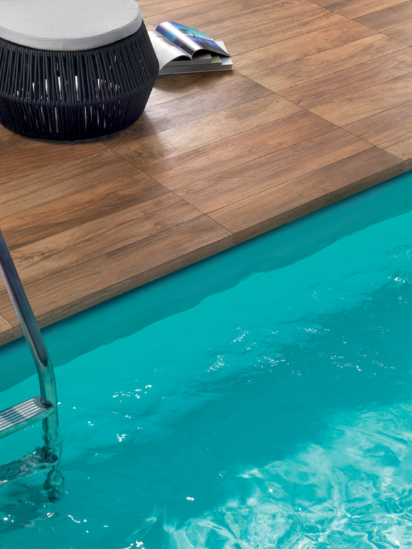 pool bodenbelag holz ideen hocker
