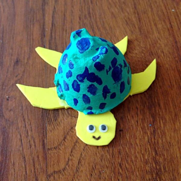 coole bastelideen farbige schildkröte eierschachtel