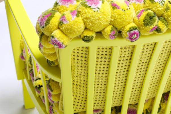 designer sessel gelb blumenmuster bommel MYK pompon chair2.2 rücklehne