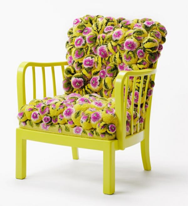 designer sessel gelb blumenmuster bommel MYK pompon chair2.2