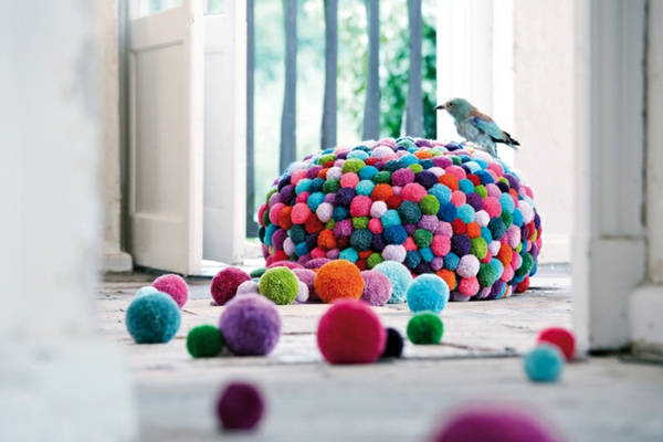 Design von Myra Klose designer möbel bunte bommel