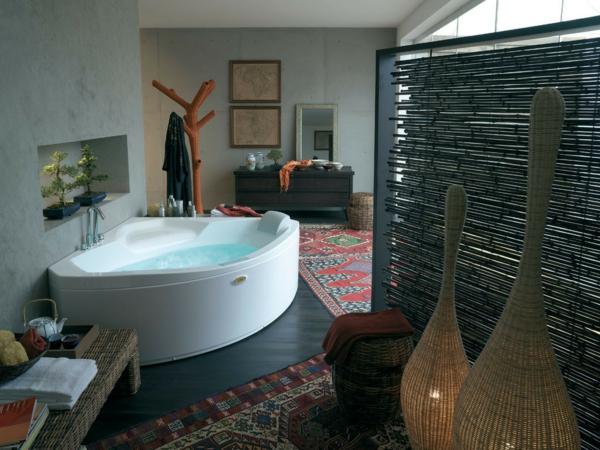 eckbadewanne eine der tollsten optionen f r ihr badezimmer. Black Bedroom Furniture Sets. Home Design Ideas