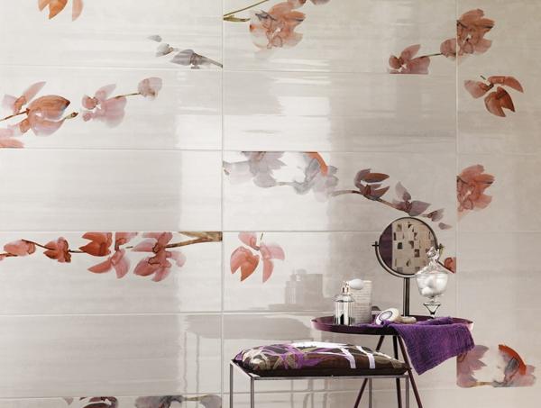 ceramische blumenmuster badezimmer fliesen