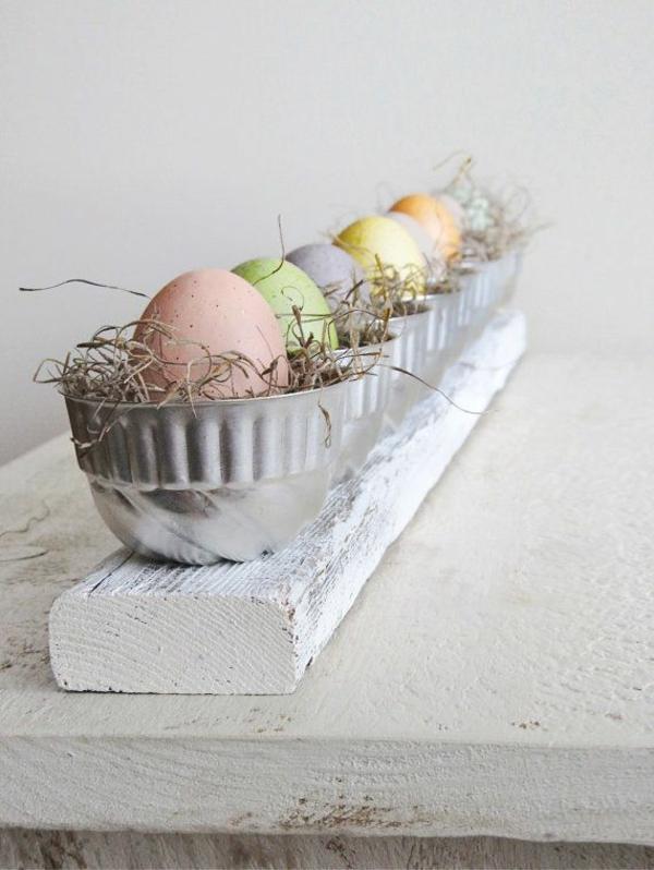 festliche tischdeko zu ostern eier bemalen ostereier pastellfarben