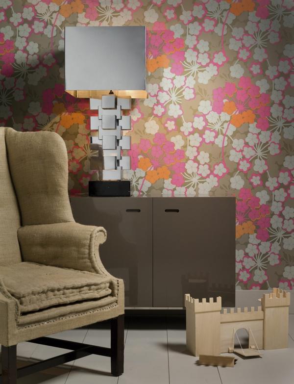 wohnzimmer wandgestaltung tapete florale elemente