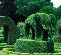Grüne Gartenskulpturen im Einklang mit der Natur