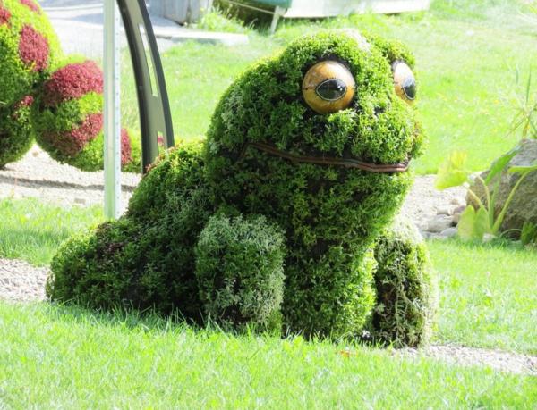 gartenskulpturen frosch park