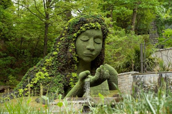 gartenskulpturen mutter natur wasserfall