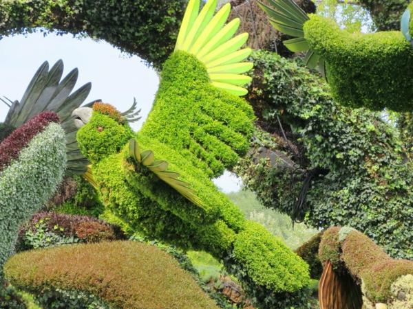 gartenskulpturen papagei grün