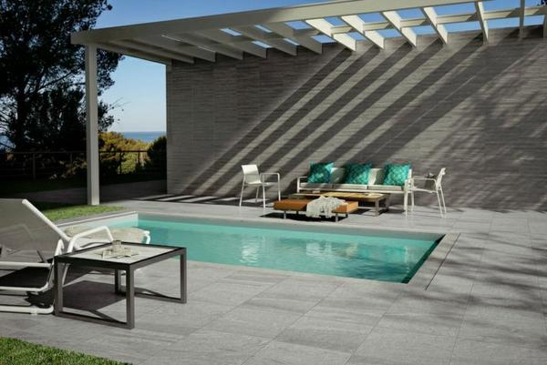 Spanische fliesen von gayafores for Suelos para patios exteriores