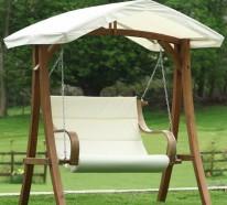 Ausgelesene Holzschaukel Designs für Ihre Garten- und Terrassengestaltung