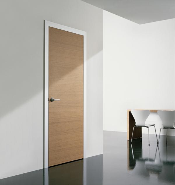 innentüren holz schlichtes elegantes design helle wand