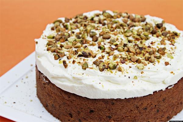 karottenkuchen schokoladenkuchen pistazien kardamom