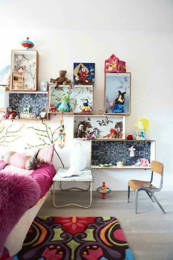 kinderzimer dekorieren mädchenzimmer farbiger teppich offene regale
