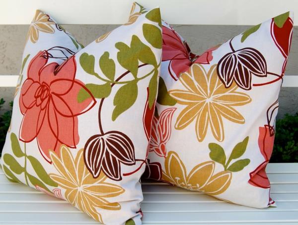 kissenbez ge der beste freund der dekokissen. Black Bedroom Furniture Sets. Home Design Ideas