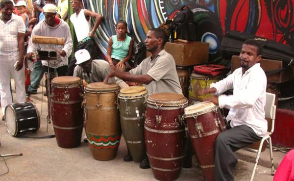 kubanische musik straßenmusikanten