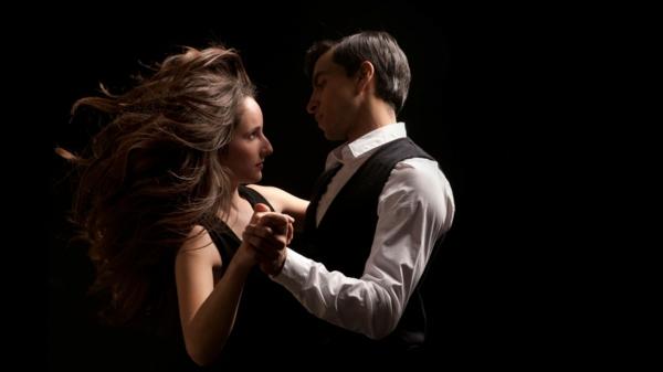lateinamerikanische tänze romantik tanzpaar