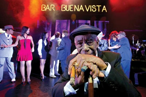 latino musik buenavista bar