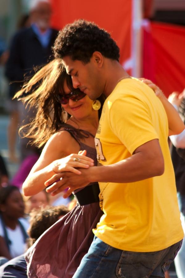 latino tänze merenge paar