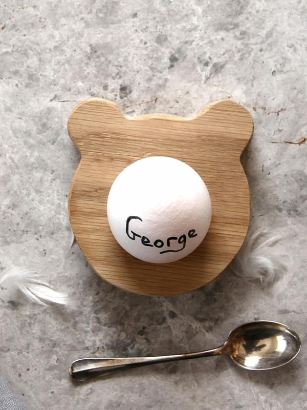 lustige eierbecher holz ostergeschenke Hop&Peck bär kopf