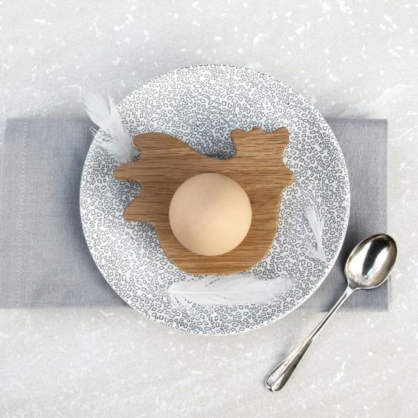 Lustige eierbecher aus holz ostergeschenke von hop peck for Eierbecher selber machen
