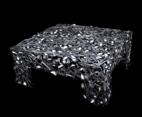 moderne designer tische wirken absolut atemberaubend. Black Bedroom Furniture Sets. Home Design Ideas