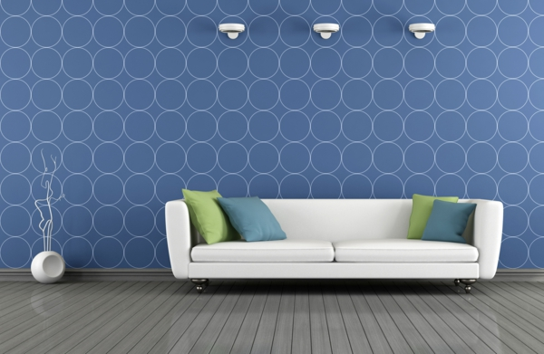 moderne tapeten wohnzimmer blaue wandtapete weißes sofa