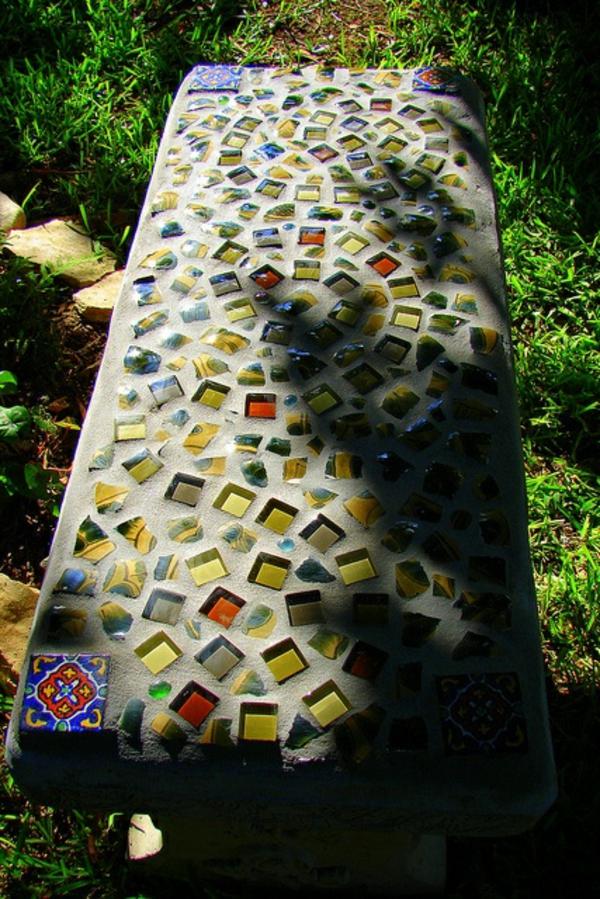 mosaik basteln anleitung garten gestalten gartenbank