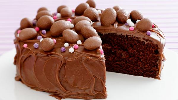 osterkuchen backen schokolade schokoladeneier bonbons