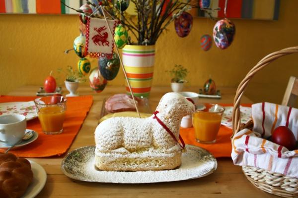 osterkuchen backen traditionell lammform