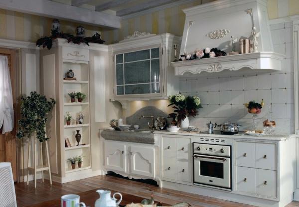 provence küche wieße schränke gerstreifte wände