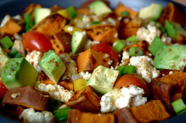 süßkartoffel salat avocado feta