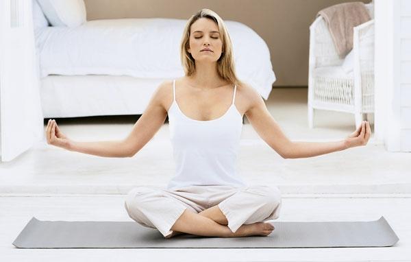 schlaflosigkeit-einschlafstörunen-yoga-asanas