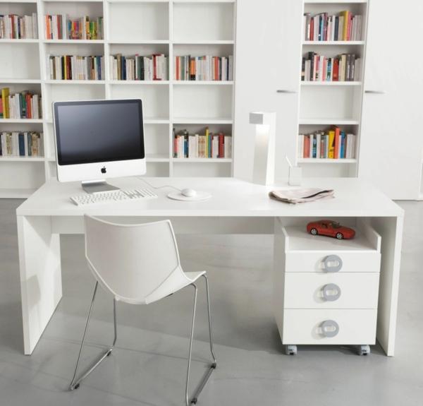 kinderzimmer m bel die rolle von dem schreibtisch im kinderzimmer. Black Bedroom Furniture Sets. Home Design Ideas