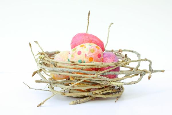serviettentechnik ostereier ideen frühlingsdeko selber machen