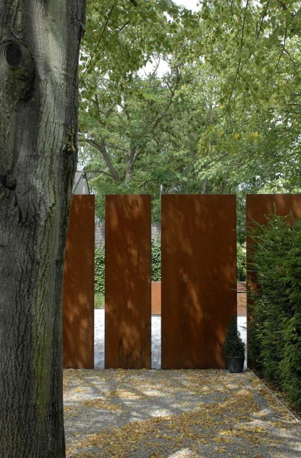 Sichtschutzzaun Gartengestaltung Ideen Gartenzaun Metall Den  Sichtschutzzaun Verschönern Oder Neu Gestalten ...