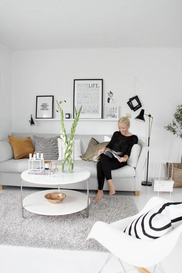 sofakissen schöne kissenbezüge helles sofa runder couchtisch