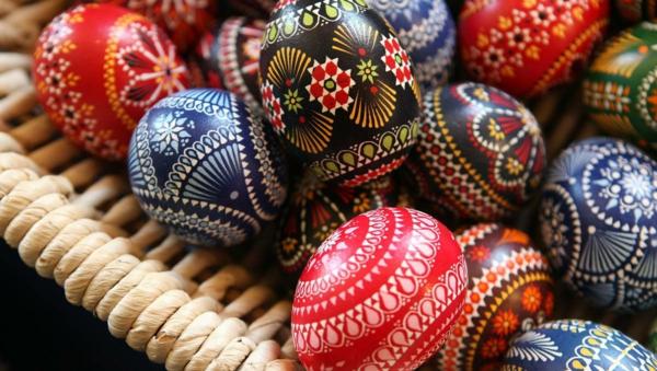 sorbische ostereier ranken blumen sterne