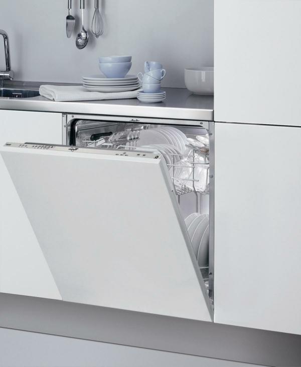 spülmaschinen weiße fronten feines porzellan geschirr