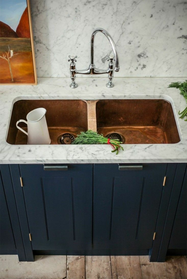 spültischarmatur wasserhahnarmatur geschwungen küchenarbeitsfläche marmor