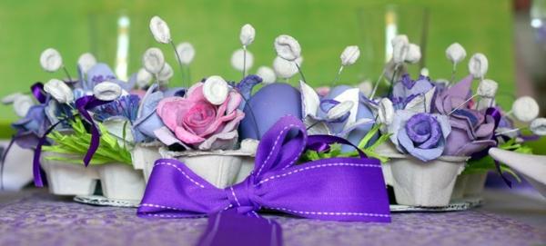 tischdeko zu ostern lila eier osterdeko lila schleife