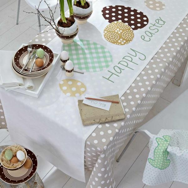 Thematische Tischlaufer Zu Ostern Sorgen Fur Eine Festliche Tischdeko