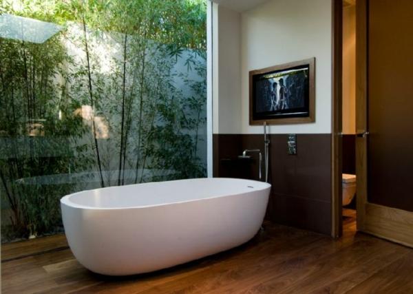 traumbäder bambus ovale badewanne parkett