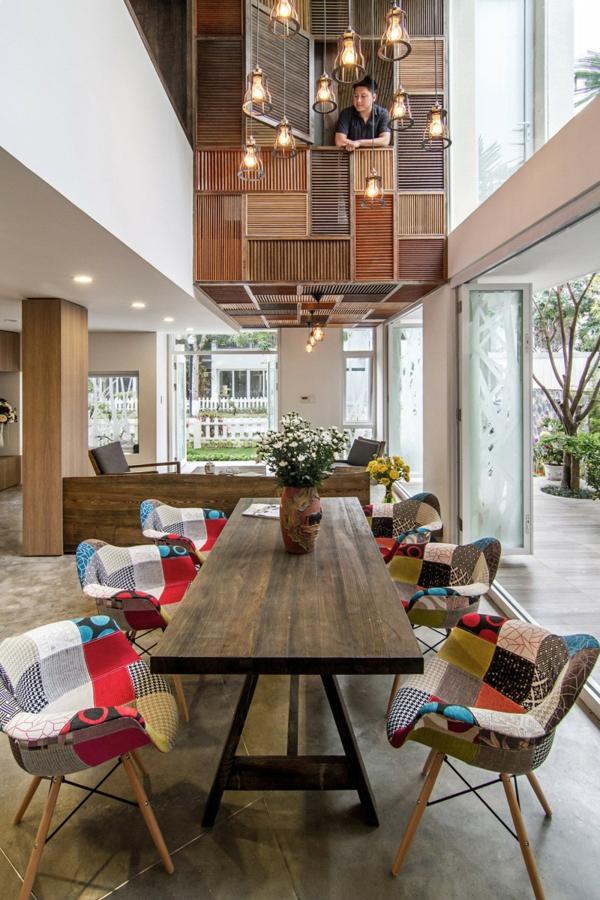 AHL architects moderne wohnung innenarchitektur hängelampen
