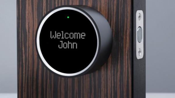 Smart Home Geräte neue technologien im eingangsbereich