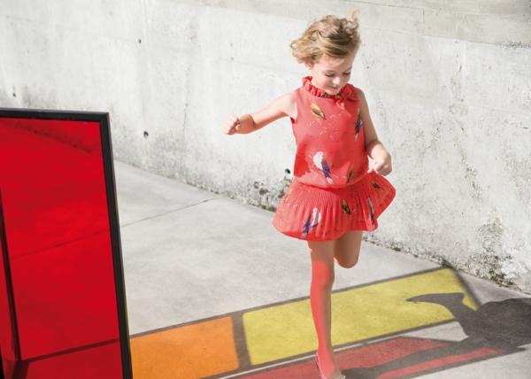 aktuelle modetrends kindermode mädchen kleid pili carrera