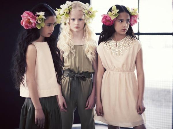 aktuelle modetrends skandinavische kindermode pale cloud mädchen kleider
