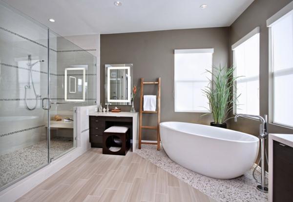 badezimmergestaltung ideen modern freistehende badewanne duschwände glas